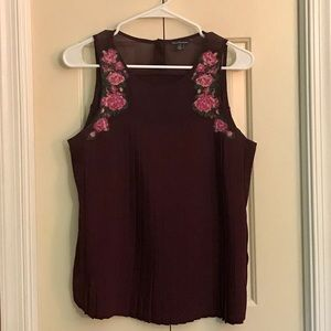AEO Maroon Embroidered Sleeveless Top Size M